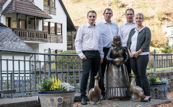 Kondolenz - BESTATTUNGEN STRACKE :: Der Bestatter in Ransbach-Baumbach
